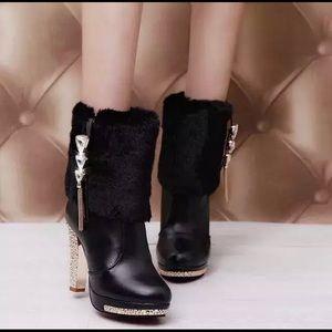 Crystal Bling Elegant Boots